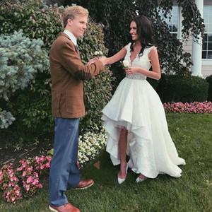 2020 High Low Lace A-Line Wedding Dresses V Neck Sleeveless Crystal Beaded Garden Bride Gowns Vestidos De Novia
