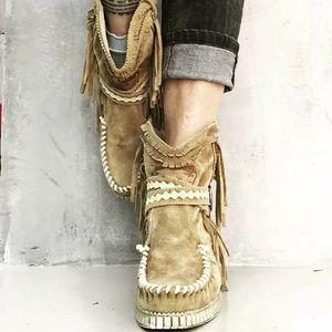 Adisputent Fringe Orta Boots Kadınlar Seksi Püskül Boots Moda Toka Motosiklet Düz Topuk bot kadın kovboy Bota Feminina A137