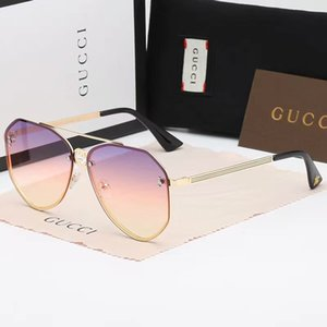 Summer Mens Metal Designer Sunglasses Luxury Sunglasses Polarized Goggle Glasses Style 8031 UV400 4 Colors Optional High Quality with Box