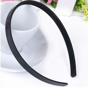 20pcs Lot 10mm Wide White Black Plain Plastic Headband Kid Hard Hair Band For Girls Teens Women Hair Accessories Diy Hair Tools