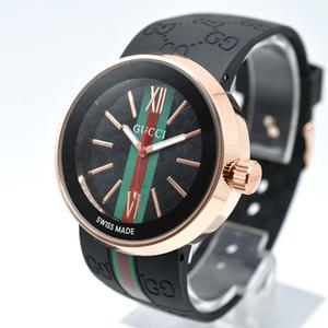 En vente mode marque 40mm Boîtier rond en or Livraison gratuite bande hommes montre à quartz concepteur silicone montres pour hommes cadeaux