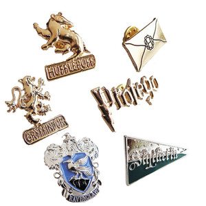 Movie HP brooch Insignia of the school of witchcraft and wizardry badge pin men women fashion jewelry key gift