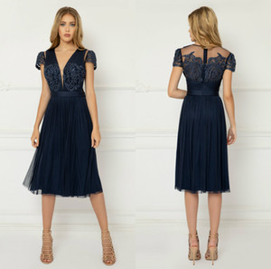 Cheap 2020 Navy Mother of the Bride Dresses Short Sleeve Lace Beaded Prom Gowns V Neck Knee Length Wedding Guest Dress