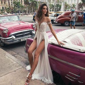 Vestidos de novia de Bohemia 2019 Apliques doble altura del muslo Las aberturas de encaje de Split Beach barato gasa vestidos de novia Vestido de casamento