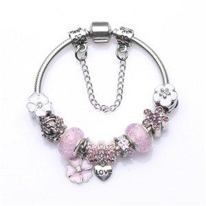 Pop Uspecial 2020 Alloy Plated Women Charm Beads Diy Bracelet Jewelry Green Murano Glass Beads Lucky Clover Pendant Beads Bracelets&Bang#122
