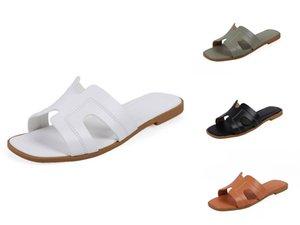 2020 Yaz Kadın Terlik Toka Tasarım Siyah Beyaz Platformu Terlik Rahat Kadınlar Kalın Sole Beach Ayakkabı Ayakkabı T200529 # 897