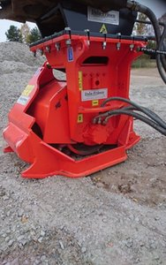 Cold planer for excavator with hydraulic hose Can work on horizontal, vertical and inclined surfaces