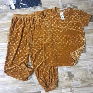 juego de los deportes de ocio de terciopelo de oro nueva moda en relieve 3D camiseta suelta la ropa de sport de dos