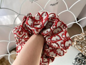 Les femmes Scrunchy Hair Bands Lettre de luxe Imprimer anneau élastique pour cheveux Ponytail Holder Dames Filles Accessoires Bandeaux Grand Intestin