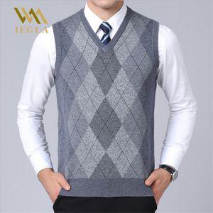 Camisola Dos Homens Colete Casuais Xadrez Sem Mangas Blusas Masculinas V Neck Malha Cashmere Pullover para o Inverno Sueter Hombre Casacos