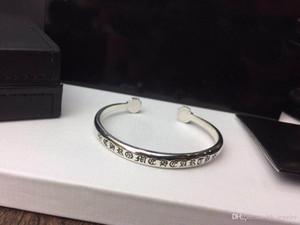 Populaires bracelets de bracelets design de la marque de mode pour dame homme Design et femmes Party cadeau Lovers mariage de luxe Hip hop Bijoux