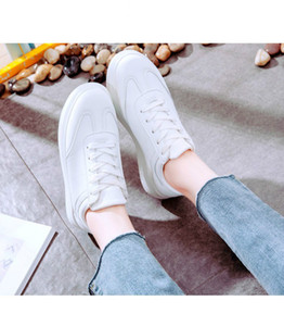 Hot Sale- Womens Shoes Fashional casuai Sportsda Shoes white Designer Sneakers Walking Jogging Shoes With Box