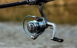 Fishing Spinning Reel Winter Fishing Reel Drag 8Kg 11+1BB 5.2:1 2000 4000 6000 Series Water Proof Lightweight For Pike