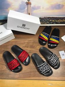Pantoufles de designer de qualité supérieure en cuir véritable pour hommes clip pieds bascule style européen nouveau style chaussures sandales avec taille de boîte 38-44