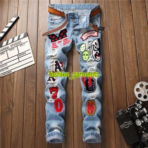 New Fashion Jeans Hommes Slim non élastique Pantalons pour hommes Lettre Badge trou Jeans Straight Fashion Tendance Blue Jeans