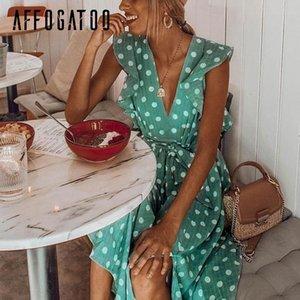 Affogatoo Deep V Neck Polka Dot Verde Summer Dress 2019 Ruffle Sleeveless Women Abito corto Sash Beach Sexy Dress Femme Vestido Y19052803