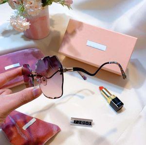 Hot Summer Sale Womens Designer Sunglasses femme Goggle Lunettes de soleil UV400 MM 72050 5 Couleur très qualité avec la boîte