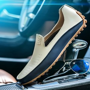 2019 Brand Causal Shoes Men Loafers Leather Moccasins Comfortable Male Flats Driving Footwear High Quality Shoes Big size 36-47