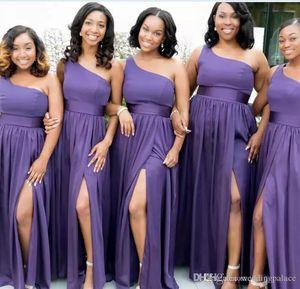 뜨거운 판매 저렴한 자주색 들러리 드레스 아프리카 쉬폰 어깨 하나 분할 사이드 Brautjungfernkleider 댄스 파티 Evenign 가운