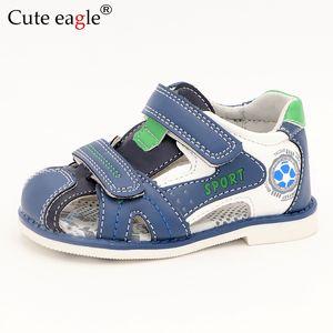 Cute Eagle Summer Boys Sandalias ortopédicas Cuero de la pu Niño Niños Zapatos para niños Zapatos planos cerrados para el bebé Tamaño 22-27 No.a191 Y190525
