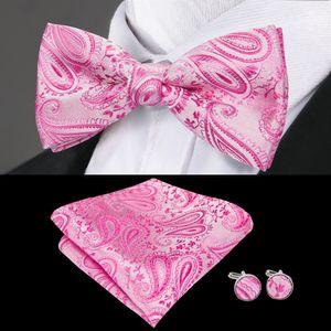 Быстрая доставка Silk Bow Tie Set Pink Сплошной цвет жаккардовый Шелка Bow Tie Стандартный Оптовая свадебное платье высокого качества способа LH-0702