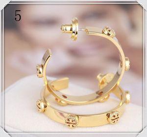 Top Marken-Goldband-Ohrringe mit invertierten Entwurf für Frauen Silber Rose Gold elegante Ohrringe schönen Mädchen Ohrringe Modeschmuck Stil 14