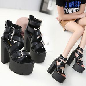Hot Sale-Chic schwarz serierte Sohle dicke Plattform dicke High Heel Gladiator Sandalen 2018 Größe 34 bis 39