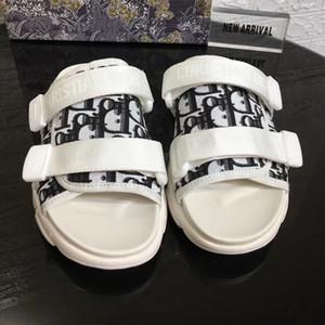 슬리퍼 여성 여름 패션 캐주얼 하우스 슬리퍼 클립 발가락 플립 플롭 미끄럼 방지 웨지 비치 신발 여성 Zapatos de Mujer