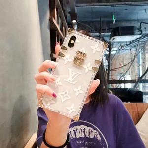 실리콘 소프트 쉘 금속 로고 보호 케이스 아이폰 11Promax 11 8 8plus 7 7plus 6 6plus XS XR 패션 브랜드 디자인에 대한
