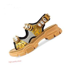 Designer rebitada Sports sandálias de luxo Xshfbcl diamante marca sandálias de lazer das mulheres do sexo masculino e moda de couro ao ar livre praia sapatos Homem Mulheres