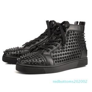 Designer scarpe da ginnastica rosse pattino inferiore Low Cut borchie chioda Scarpe di lusso per uomini e donne scarpe da festa di nozze di cristallo in pelle scarpe da tennis AG28