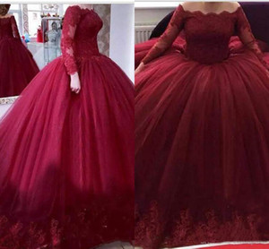 2018 foncé Red Ball robe Quinceanera Robes à manches longues en dentelle Robes de Cérémonie Appliques de charme Robes de bal