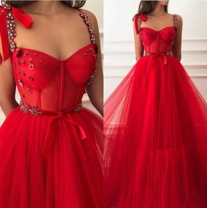 Red robe de Soiree Spitze einer Linie Abschlussball-Kleider 2020 Spaghettitrgern Pailletten wulstige Layered Rüschen Fußboden-Längen-formale Partei-Abendkleider