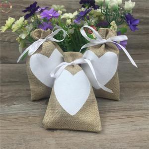 Hessia dono naturale della tela da 9x14cm 50pcs Vintage Candy borse da festa di nozze Sacchetti di favore del regalo box sacchetto iuta regalo cuore di amore di nozze