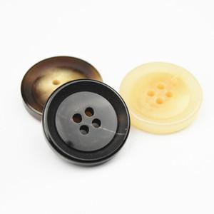 resina de alta qualidade 15 milímetros-28 milímetros fivela quatro olhos imitação de vaca padrão botões de chifre homens e mulheres blusão roupas fivela local casaco fivela