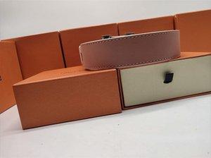 cinture di marca cintura progettista mens cintura di design di lusso cinture cintura oro grande fibbia in pelle nera arancione classici cinture con scatola 8861103