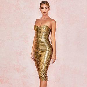 Corte Neck Ouro Womens Vestidos Verão Strapless plissadas Mulheres Designer Vestido Casual Moda Noble Ladies Clothing