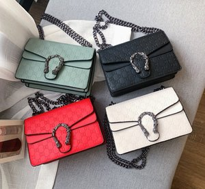 Crossbodybag Femmes Sac de luxe Femmes Sacs à main bourse Designer Mesdames chaîne Velvet épaule Messenger Sacs