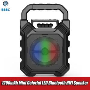 Altavoz de Karaoke portátil inalámbrico Bluetooth 3D al aire libre de bicicletas de altavoces del sistema Subwoofer bajo micrófono de manos libres / USB / TF Card / AUX / FM