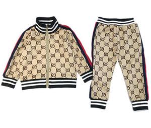 2020 Kinder Designer Kleidung Sets Neuen Luxus-Print Tracksuits Mode Brief Jacken + Jogger beiläufigen Sport-Art-Sweatshirt-Jungen-Mädchen