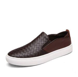 Moda En Kaliteli Deri Ayakkabı Erkekler Slip-on Loafers Yumuşak Dokuma Moccasins Erkek Gommino Ayakkabı Rahat zapatillas 1a11