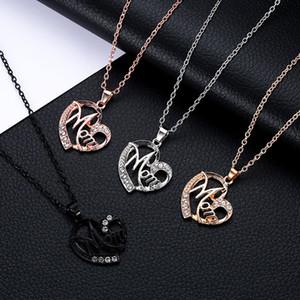 Mamá Collar Regalo del día de la madre para mamá Ahueca hacia fuera Oro Aleación de plata Cristales de metal Collares Corazón Colgante Collar