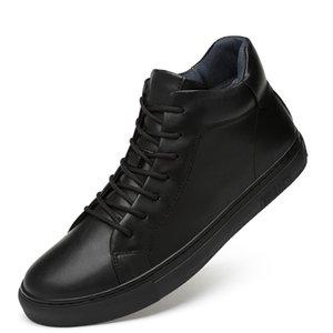 2019 Nova Primavera Men Casual sapatos respirável Preto tênis de cano alto Lace-up de couro sapatos da moda Branco Shoes Flats * X8182-1