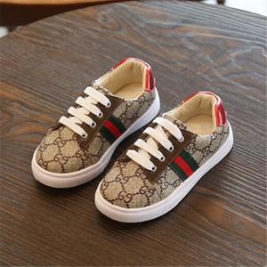 новый список осень девушки детская обувь младенческая кожа PU First Ходунки Комфортные малышей Новорожденные Детские кроссовки мальчиков обувь Детская обувь