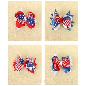La coiffe d'un enfant La collection de la fête de l'indépendance du drapeau américain Une épingle à cheveux avec un noeud bowknot