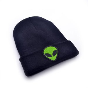 Hot Sale Alien Embroidery Hat Winter Soft Solid Beanies Hip Hop Unisex Warm Knitted Caps Casual Skull Hip-Hop Hats Knitted