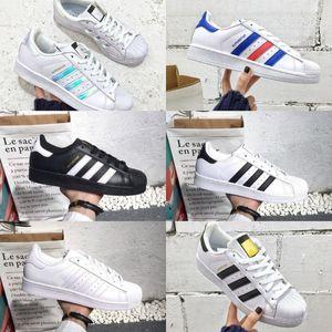 Yüksek Kaliteli Superstars Erkek Ayakkabı Ucuz Yeni Siyah Beyaz Altın Hologram Genç Originals 80'ler Gurur Sneakers Süper Star Kadınlar Erkekler Yürüyüşü Ayakkabı