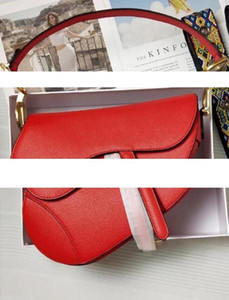 2019 new fashion classic womens shoulder bag saddle bag fashion metal letter handbag style awesome accessories have box
