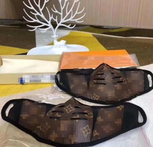 2020 Brown Leather Half Face Mask, fashionable monogrammed print mask mouth covers Staying safe in style Men and Women Size with box