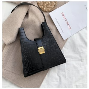 Lovely woman handbag wooden stove Crocodile handbags crocodile bag faye bag fringed leather bags custom bags